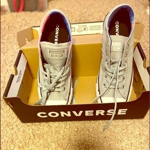 New style low top converse